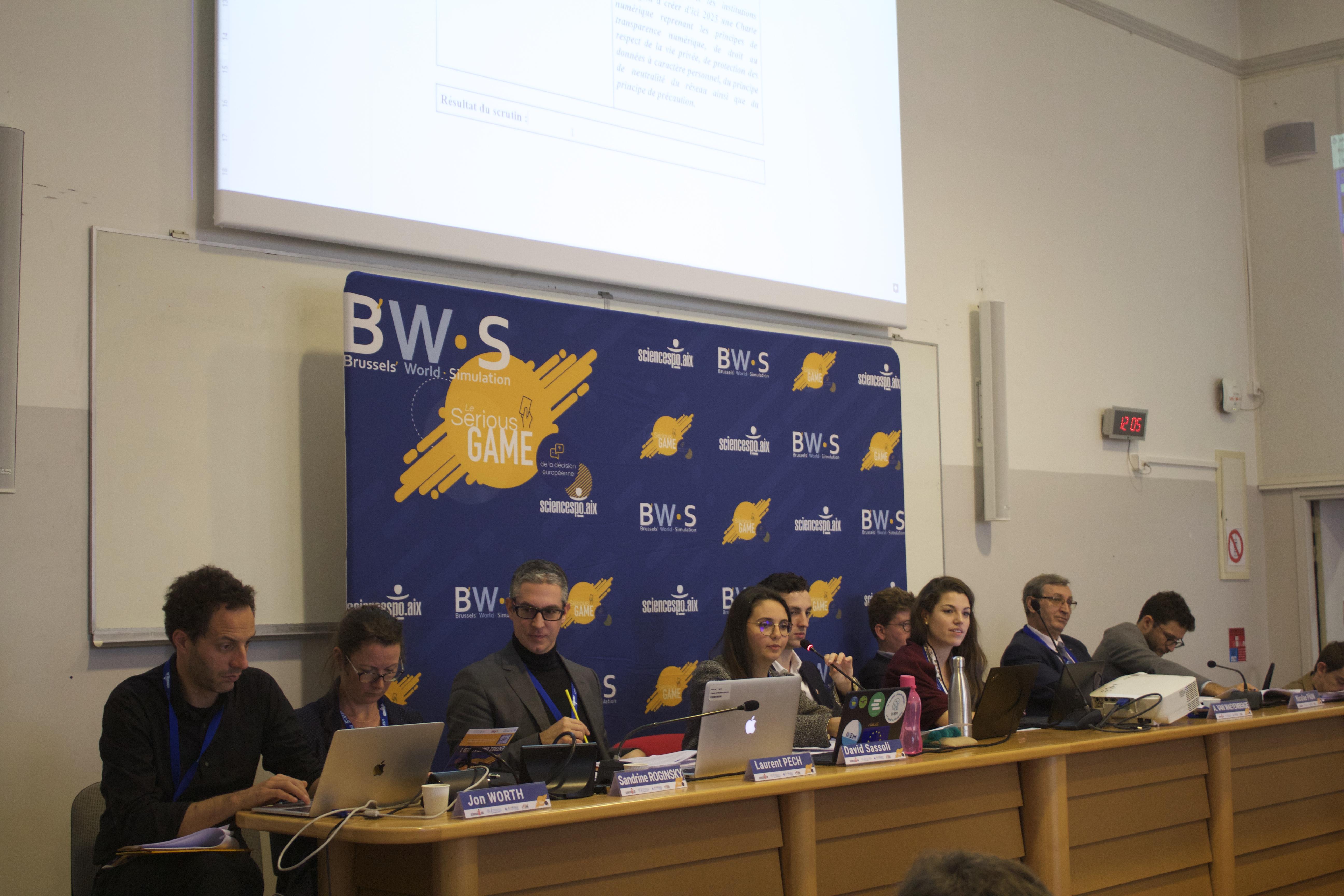 Inside #3 / L'oeil du Brussels' Blower: retour sur la plénière du parlement